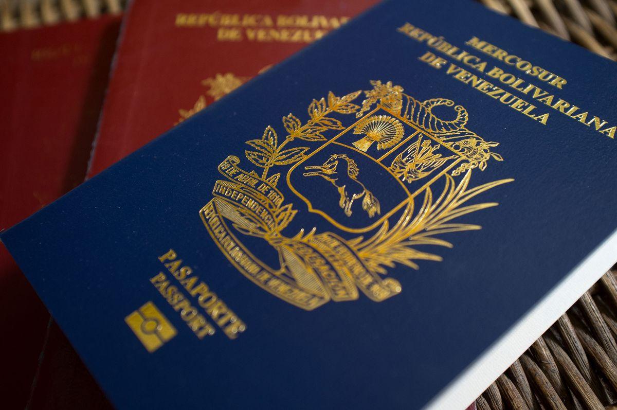 Rush-Vietnam-Visa-in-Slovakia