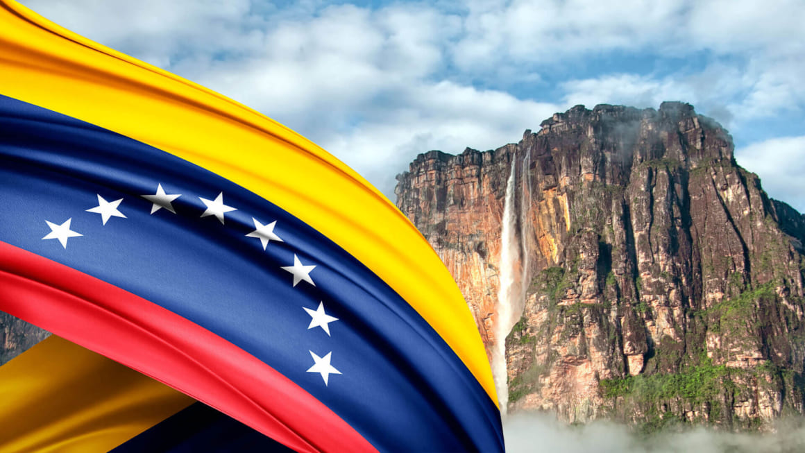 How much is Vietnam Visa Extension for Venezuelan citizens 2019?