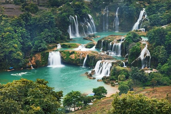 Tips for a budget Ban Gioc Waterfall Tour by motorbike