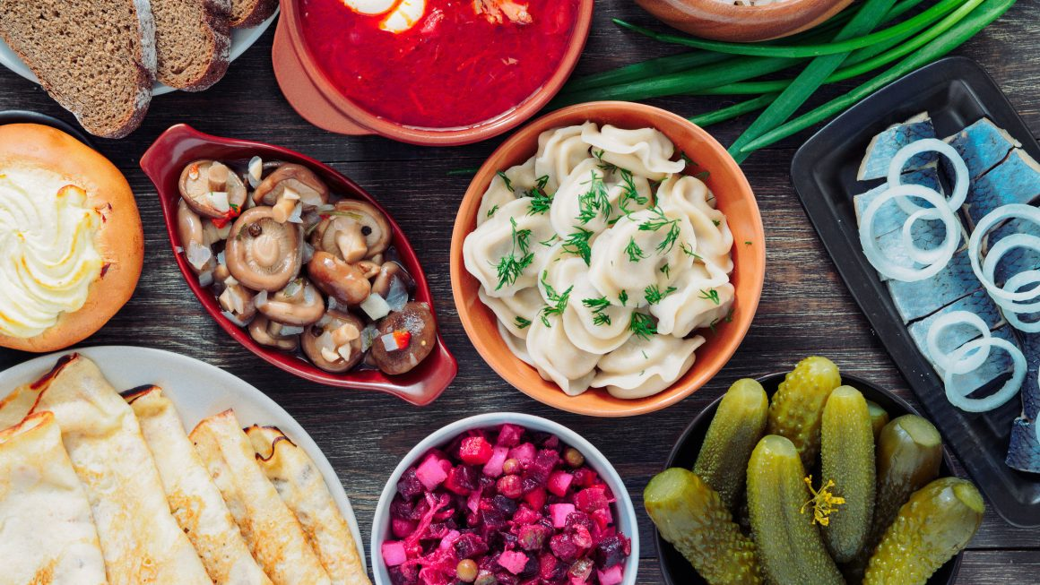 Khám phá những món ăn ngon khó cưỡng khi du lịch Nga