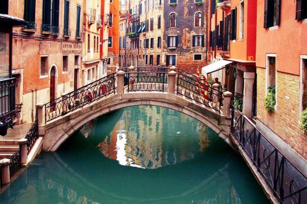 Thủ tục và quy trình xin visa du lịch Ý năm 2020 có gì thay đổi?