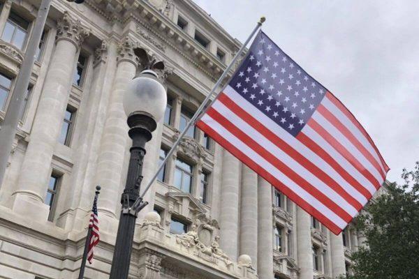 Chi phí gia hạn visa Mỹ là bao nhiêu? Điều kiện gia hạn visa Mỹ là gì?